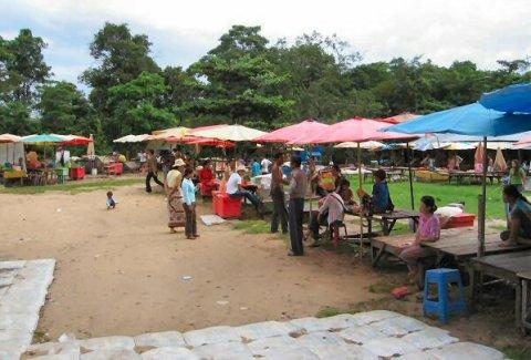 Village at foot of Khao Phra Wiharn